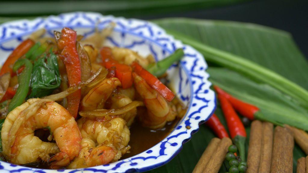 Crevettes sautées au basilic | Fruits de mer à la Thailandaise