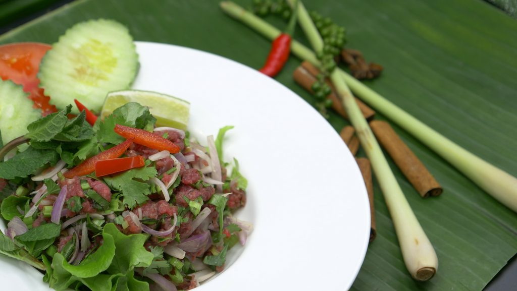 Emincé de Boeuf cru à la Thaïlandaise | Restaurant Paris