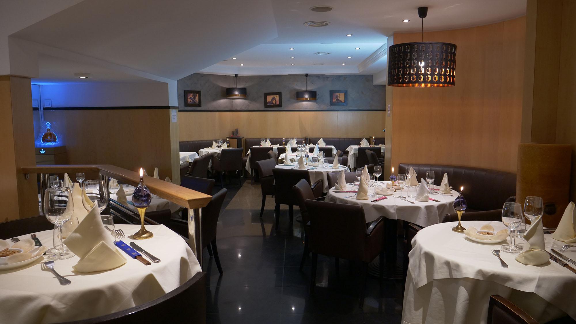 Salle du restaurant Thailandais Kok Ping à Paris