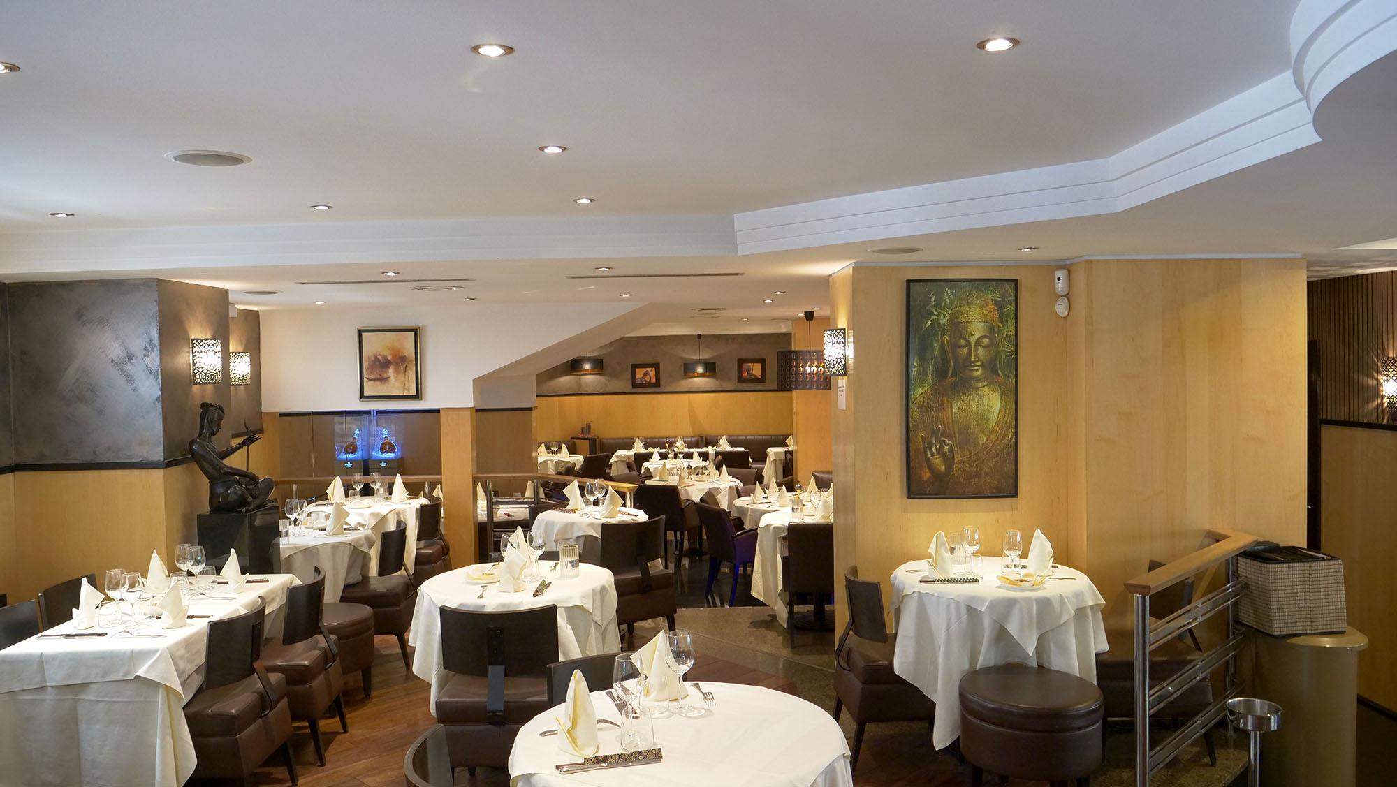 Restaurant romantique à Paris près des Champs Elysées