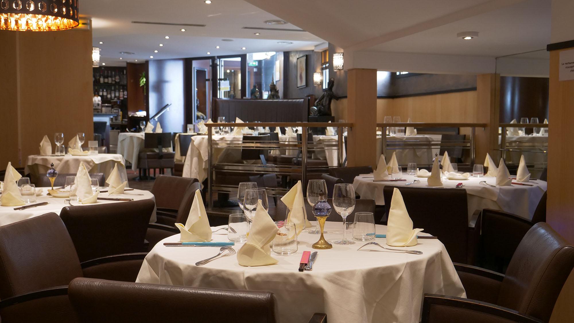 Cadre élégant du restaurant Asiatique Champs Elysées Kok Ping